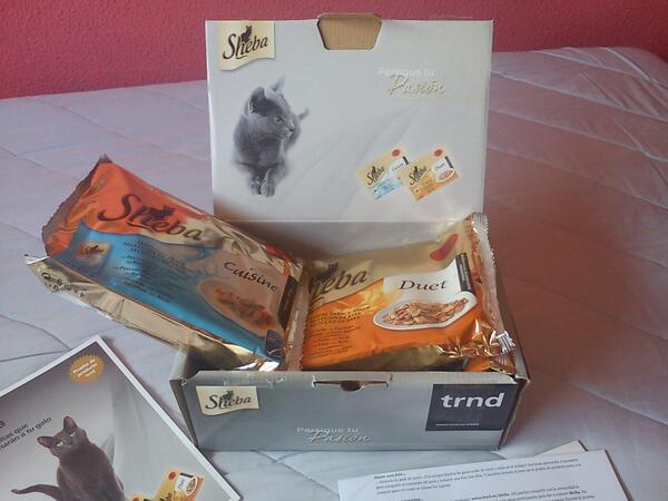 Mew!! Ya me ha llegado el pack de inicio de @trnd_es de comida gatuna Sheba  =^_^= http://pic.twitter.com/O1RNJQ7tcI