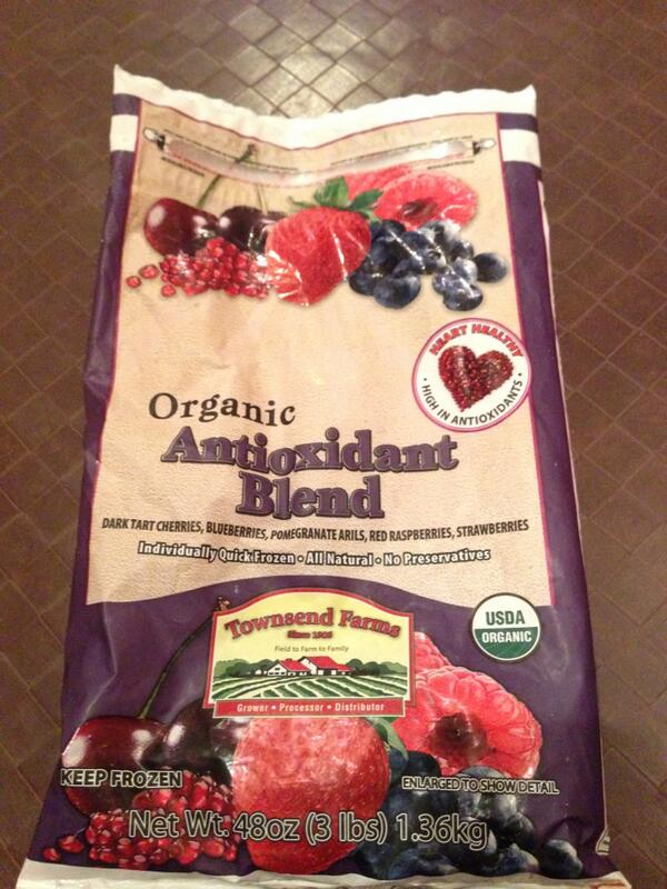 Just received a call from Costco re: a frozen berry recall. http://t.co/Jlhn9zxLCm http://t.co/aYd9xB7VAf