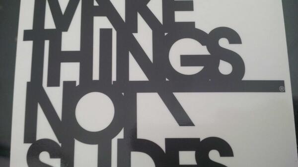 #makethingsnotslides stupendo! #wirednextfest pic.twitter.com/9VDe6TU4pS