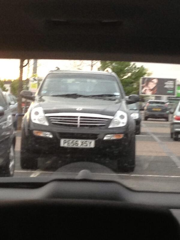 PE56 XSY displaying Selfish Parking