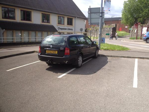 SC02 NZO displaying Inconsiderate Parking