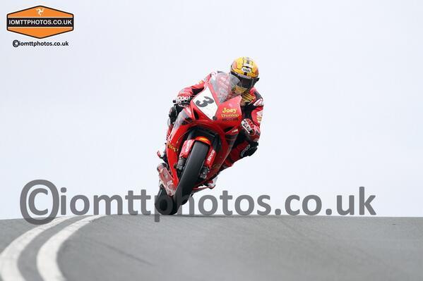 [Road Racing] TT 2013 - Page 6 BLx2LdqCUAAsxjd