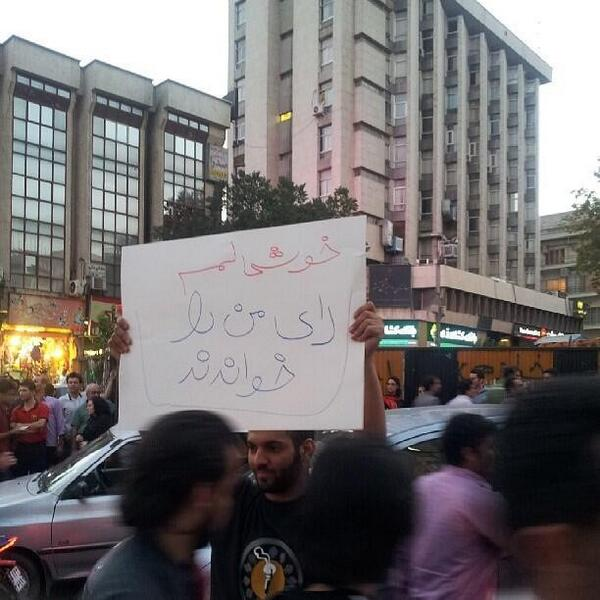 """I'm Happy the Counted My Vote"" sign held by #Rouhani supporter celebrating in #Iran. Via @Vahid pic.twitter.com/G8se3PUIyX"