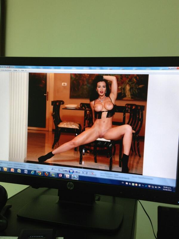 Diosa Canales Place Al Desnudo A Sus Seguidores En Twitter Fotos