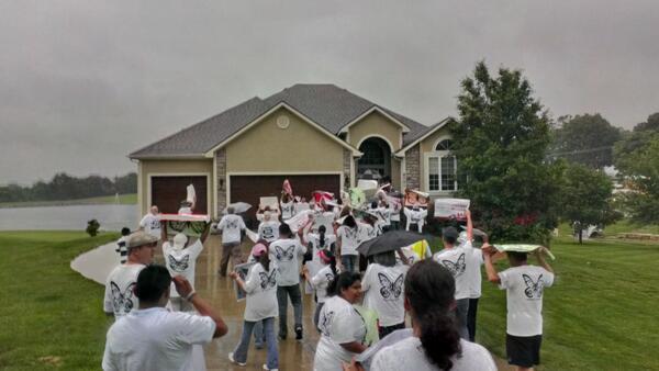 Turbas In America: Kris Kobach`s House Mobbed By DREAMERS