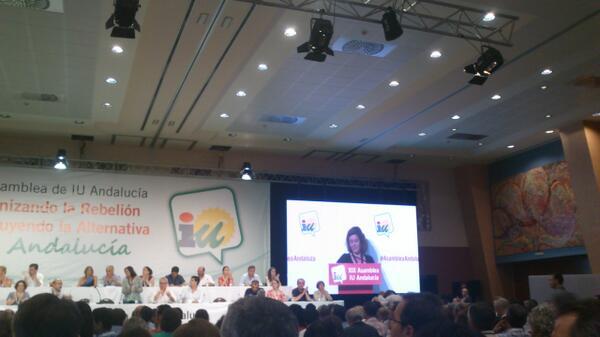 #asambleaandaluza @AlbaDoblas defiende las Resoluciones De Derechos Sociales pic.twitter.com/mWzmG86WSI