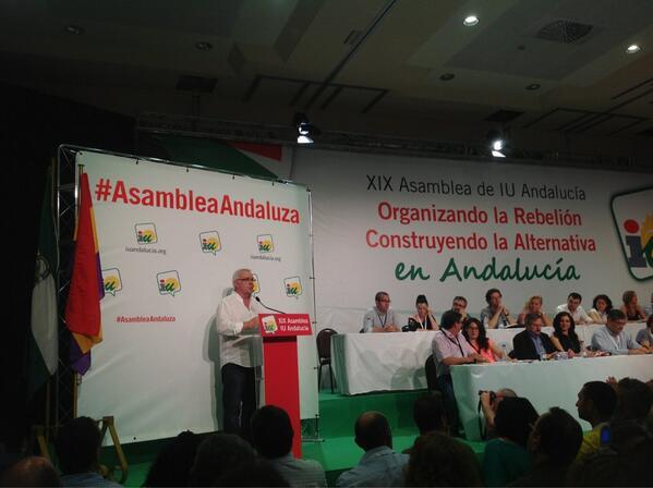 .@cayo_lara comienza recordando el ejemplo de compromiso de las Brigadas Internacionales. #AsambleaAndaluza http://pic.twitter.com/McWKpDo5fy