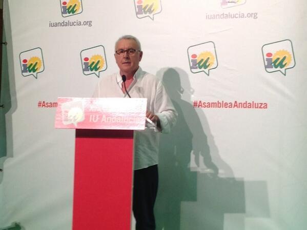"""@Cayo_Lara , en directo en la #AsambleaAndaluza  Repasa nuestra trayectoria,combates, nuestras """"mochila""""... pic.twitter.com/4zLClj2hrl"""