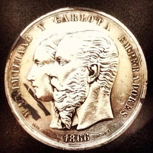 ¿Sabían que los Maximilianos eran las monedas utilizadas durante el segundo imperio? Les dejo una imagen http://t.co/HiIATIhrOE