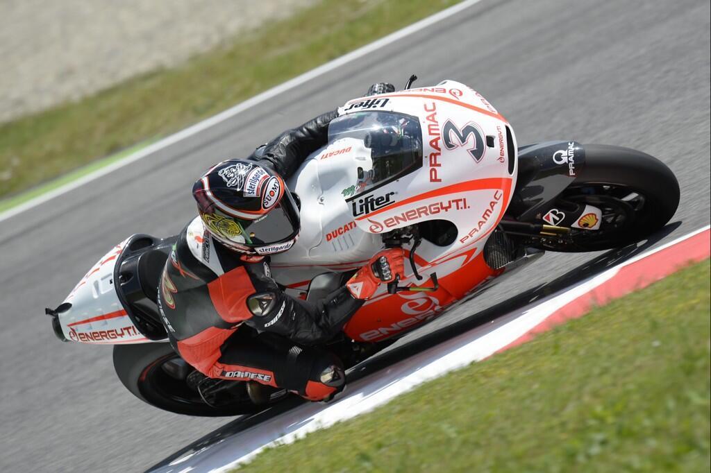 MotoGP - Saison 2013 - - Page 26 BMFNyrICUAAMzWG