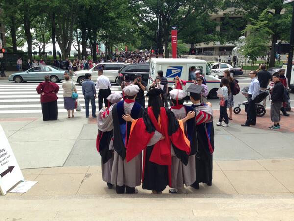 Pomp & Circumstance central 'round here. Follow @mitcommencement & #MIT2013 for a full account of annual Wizard Day: pic.twitter.com/HrliN79QWr
