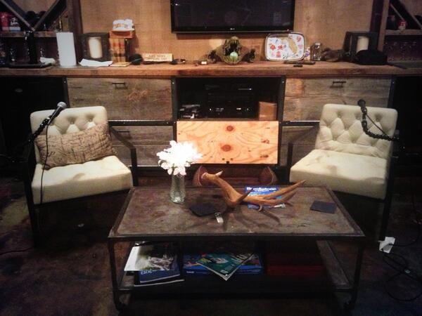 Man Caves Bert The Conqueror : Awesome man caves basements logs and men cave
