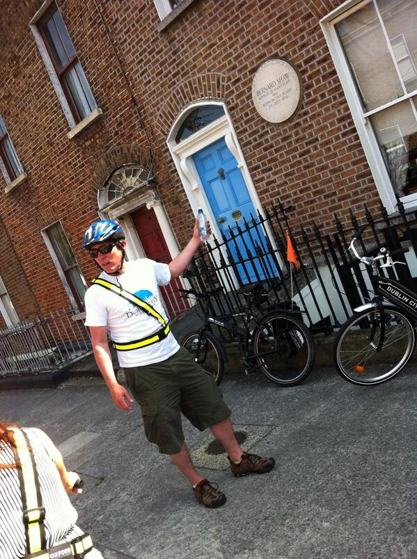 Having the best time on the Dublin City Bike Tour. Currently outside George Bernard Shaw's former home. #Dublin48 pic.twitter.com/OEkCaxBHcE