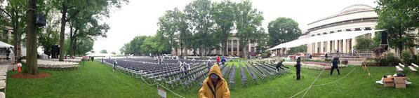 The stage is set. Family and friends are piling in. It's @mitcommencement #mit2013 #panorama pic.twitter.com/nx1KjPWqlv