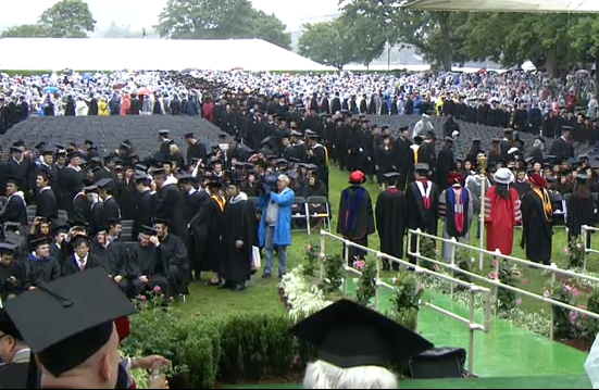 There are a lot of people on Killian Court right now. #MIT2013 @mitcommencement pic.twitter.com/M0rGTayg9R