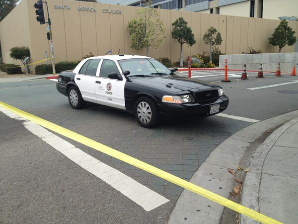 At 17th and Pico entrance of Santa Monica college.  @KPCC http://pic.twitter.com/mbSw2KHEOT