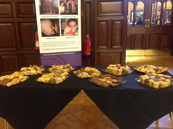 Lots and lots of biscuits awaiting our #UoBreunion guests @unibirmingham pic.twitter.com/rrIW5GfiMY