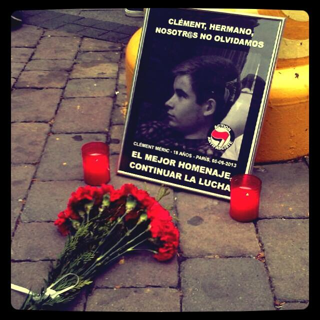 Des Madrilènes rendent hommage à Clément. dans extrême droite