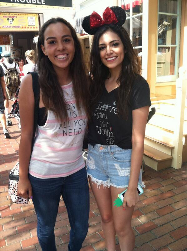 Bethany mota on twitter nice meeting urt babyjojo just met bethany mota on twitter nice meeting urt babyjojo just met macbarbie07 at disneyland im still in shock she is sooo nice m4hsunfo