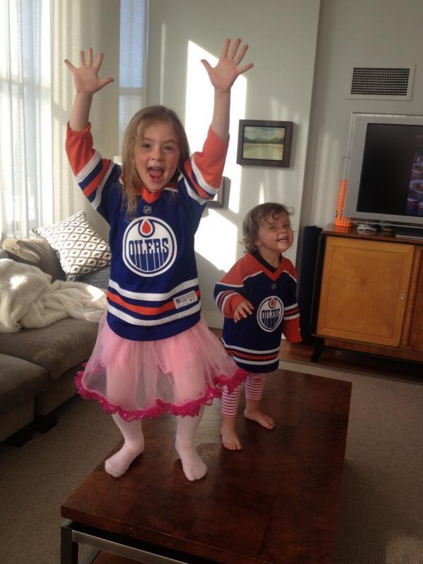 New Edmonton Oilers head coach Dallas Eakins bombarded by ...