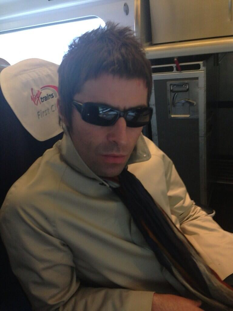 """Liam Gallagher on Twitter: """"On my way to MCR centre of the ... Liam Gallagher Twitter"""