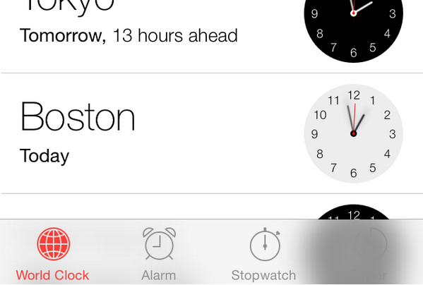 Why the blur effect is a bad idea in iOS 7: It's unpredictable. What's that icon on the right? http://t.co/W3XkFH6zKY
