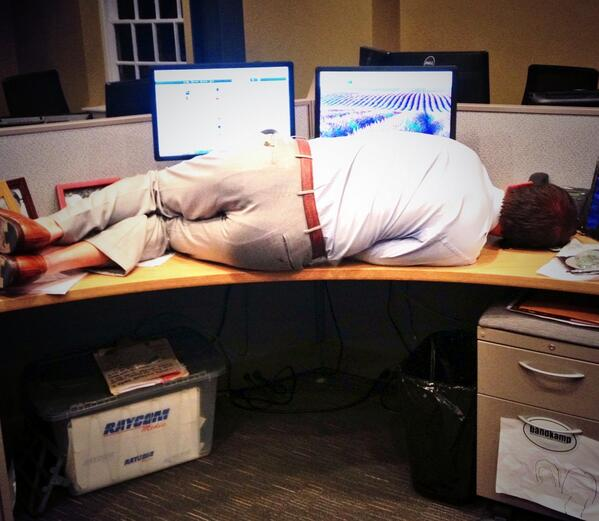 Wake me when it's over, @JudiGatson @wis10 newsroom. #nite-nite pic.twitter.com/FNEfd12al9