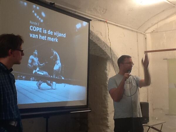 #contentcafe @peetsneekes scoort duidelijk een punt met een #cope kills your brand key value. http://pic.twitter.com/66D4dva8Cv