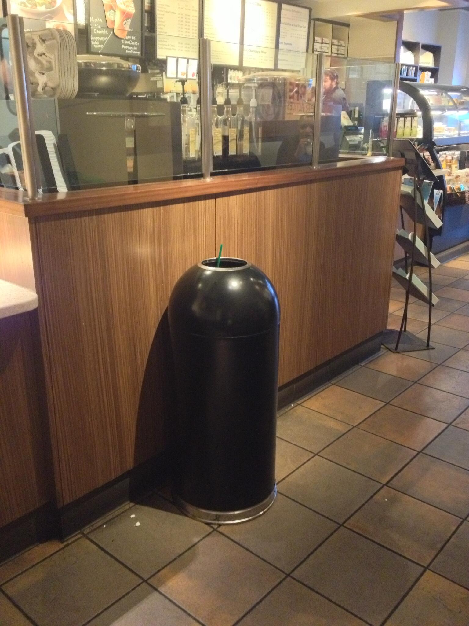 Spotted the new Mac Pro in Starbucks just now http://t.co/EwoFlqgYPD