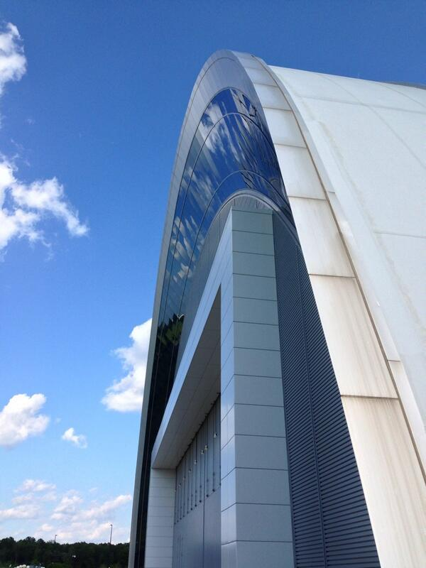 It was a beautiful afternoon at the Udvar-Hazy Center. Everything is looking great for #PilotDay13! pic.twitter.com/vFUhx6sSFB
