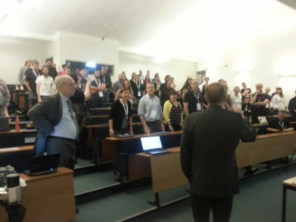 Great audience interaction at, #iwmw13 pic.twitter.com/B7nydRxOID