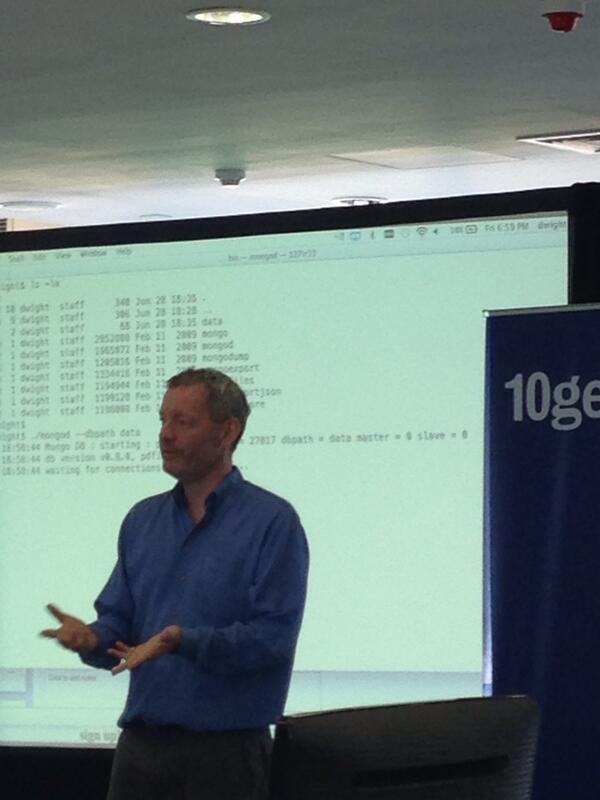 #10gen founder Dwight Merriman hosts the Dublin MUG. #mongodb pic.twitter.com/lHR8l2ajYg