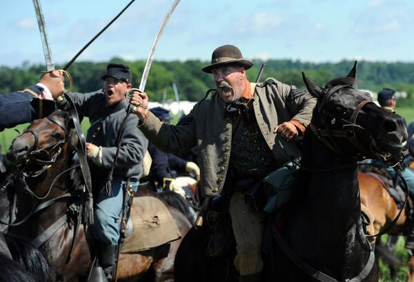 Pic: #gettysburg150 re-enactment battle cry. #gburg150 #cw150 pic.twitter.com/jzmIgAoCcC RT @jasonplotkin