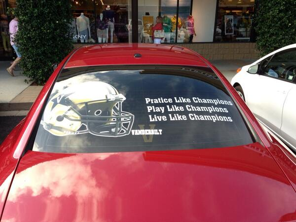 @VandyFootball VandyNation is everywhere!  Check this car in parking lot at mall today in Destin FL  #anchordown pic.twitter.com/OUgd0JvABt