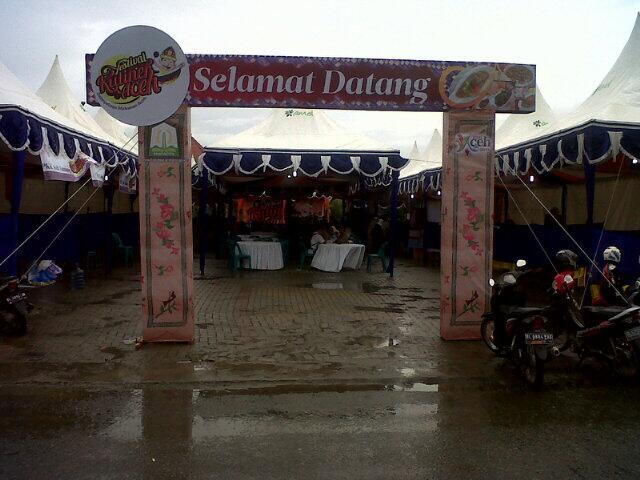 Pintu masuk Festival Kuliner Aceh di Taman Sri Ratu Safiatuddin / @antoniogayo