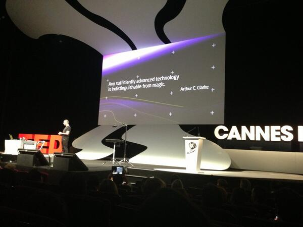 RT @CarolinaMillan: Marco Tempest, Cyber Illusionist, using technology as magic #canneslions pic.twitter.com/s7eBfAMcE4