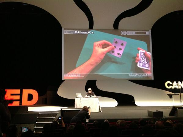 The @virtualmagician Marco Tempest goes for collaboration, not secrecy #CannesLions pic.twitter.com/gDiUUbNSx8