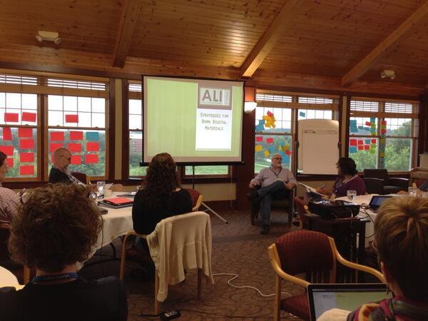 Dan Noonan introduces himself & his topic, leadership strategies with technology dependent materials #ALI13 pic.twitter.com/kbgI6y33Sn