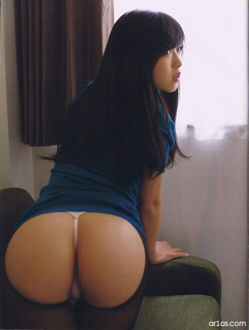 Asian girls butt, the naked sword video