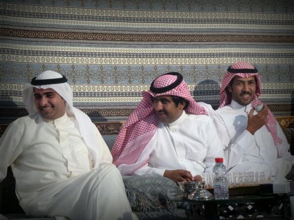 الشيخ عشوان يجمع BNElNwCCMAA7WQH.jpg