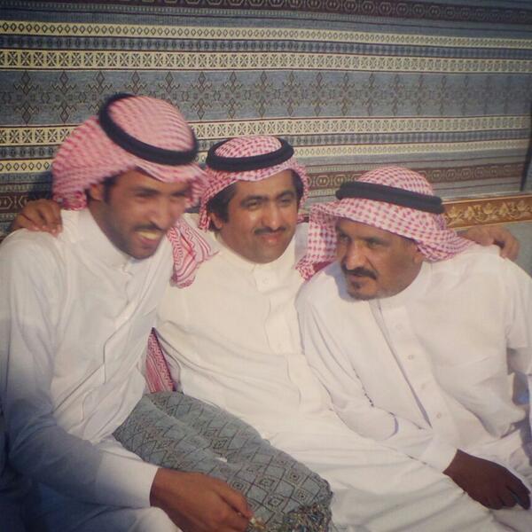 الشيخ عشوان يجمع BNEy7S0CcAA8EhR.jpg