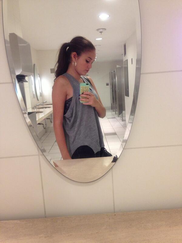 "Bathroom Selfie: Madison Pettis On Twitter: ""bathroom Selfie 🚺 Http://t.co"