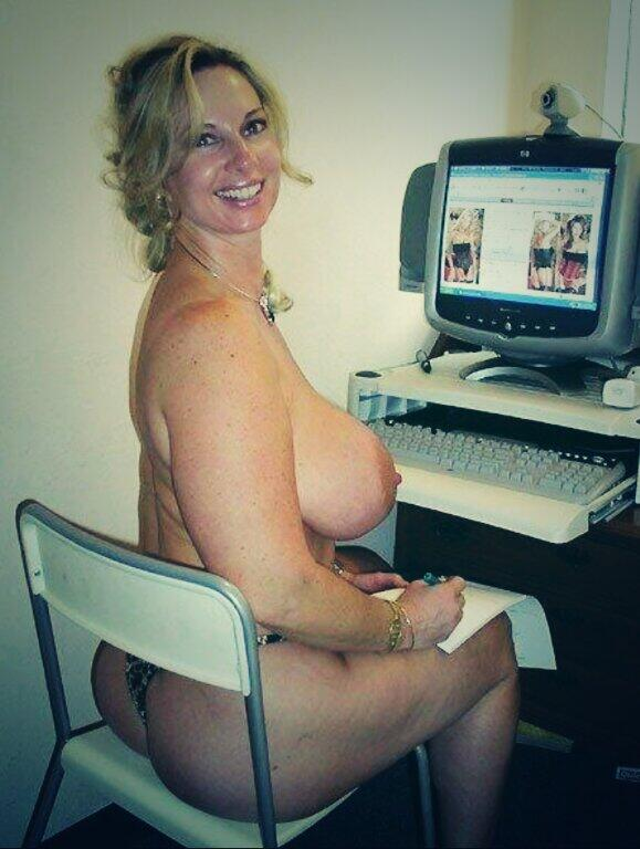 Amateur Mature Watching Porn