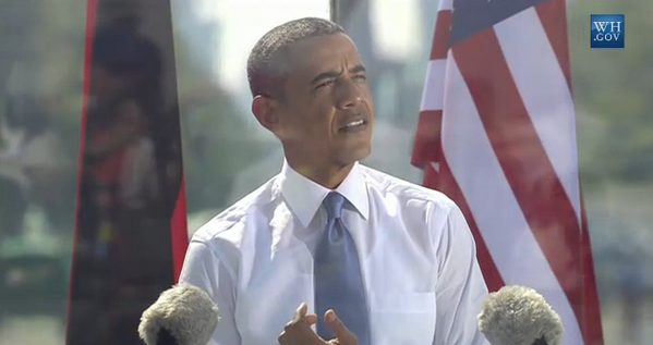 "Obama taking off jacket: ""We can be a little more informal among friends."" Temp in #Berlin: 91 wh.gov/live pic.twitter.com/1epGHFemLD"