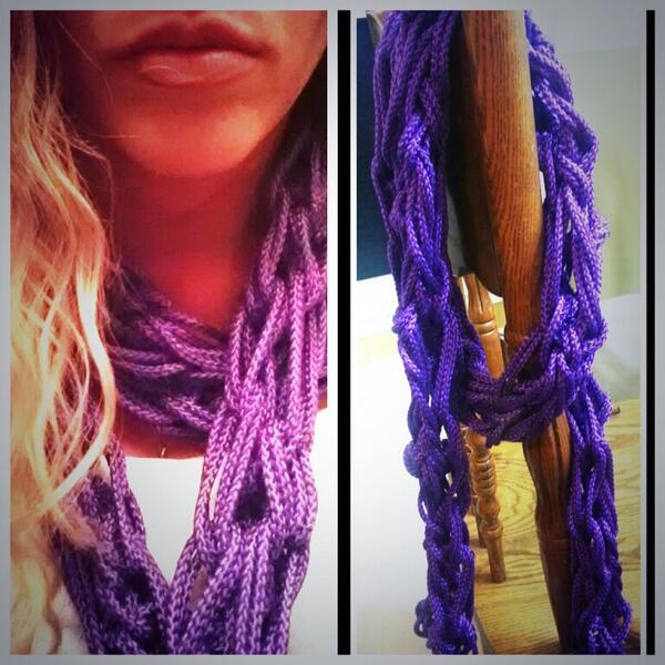 #Designer #scarf #design #fashionpeep #ashleydesignsllc www.ashleydesignsllc. wordpress.com #purplepride pic.twitter.com/udPM9lCBv2