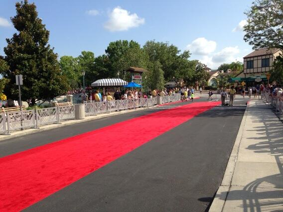 The red carpet event will begin shortly. pic.twitter.com/3SE3Z6NHdp