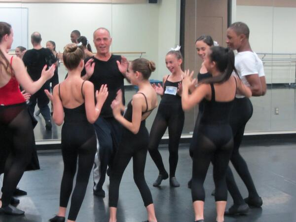 Dancers get their Jack Cole on with Danny this morning #ADLIRetreat pic.twitter.com/EQ7RRe8WwG