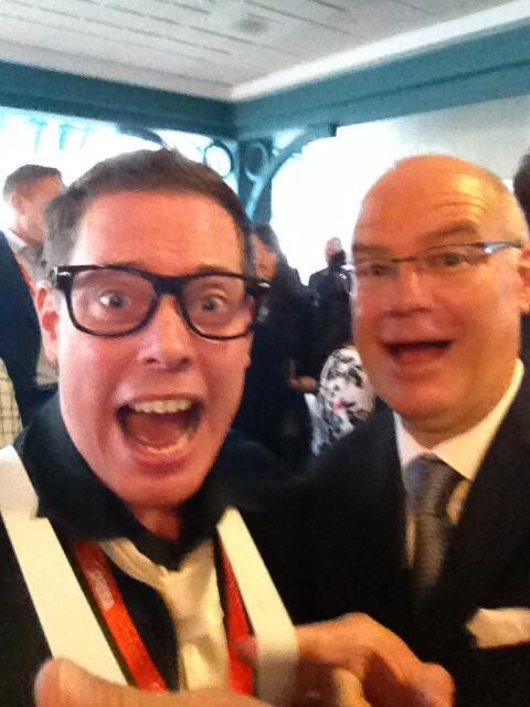 Looking good! Mayor @DeanFortin & @SocialMediaSean hamming it up at #Tectoria! #yyj pic.twitter.com/SkEO1lpdvd