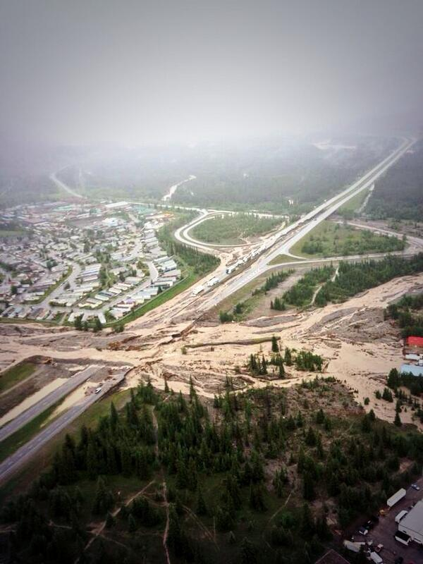 Hwy_1_washout_in_Canmore,_AB