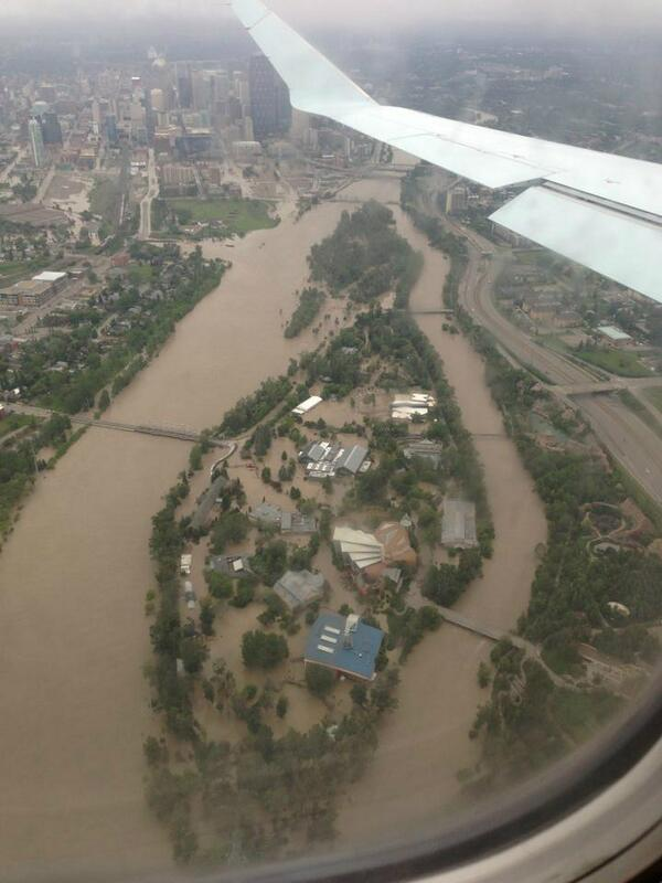 FB fan Michelle Zimmer just flew over @calgaryzoo #unreal #yycflood: pic.twitter.com/m9m43LCJkF